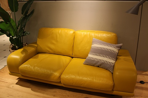 ここにしかないソファ
